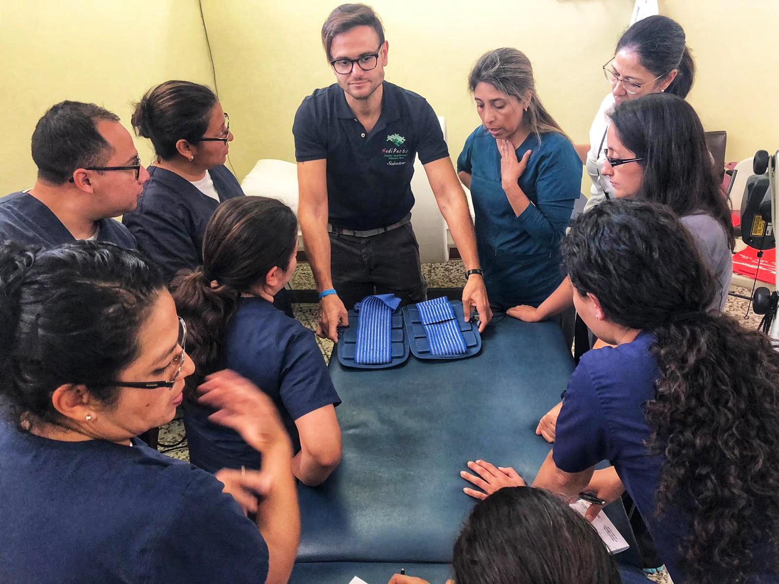 Corso magnetoterapia ASA - Ospedale Militare Guatemala