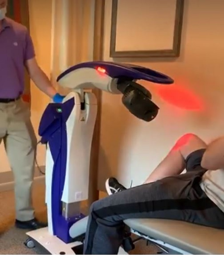 M6 laser therapy device operator free - social distance