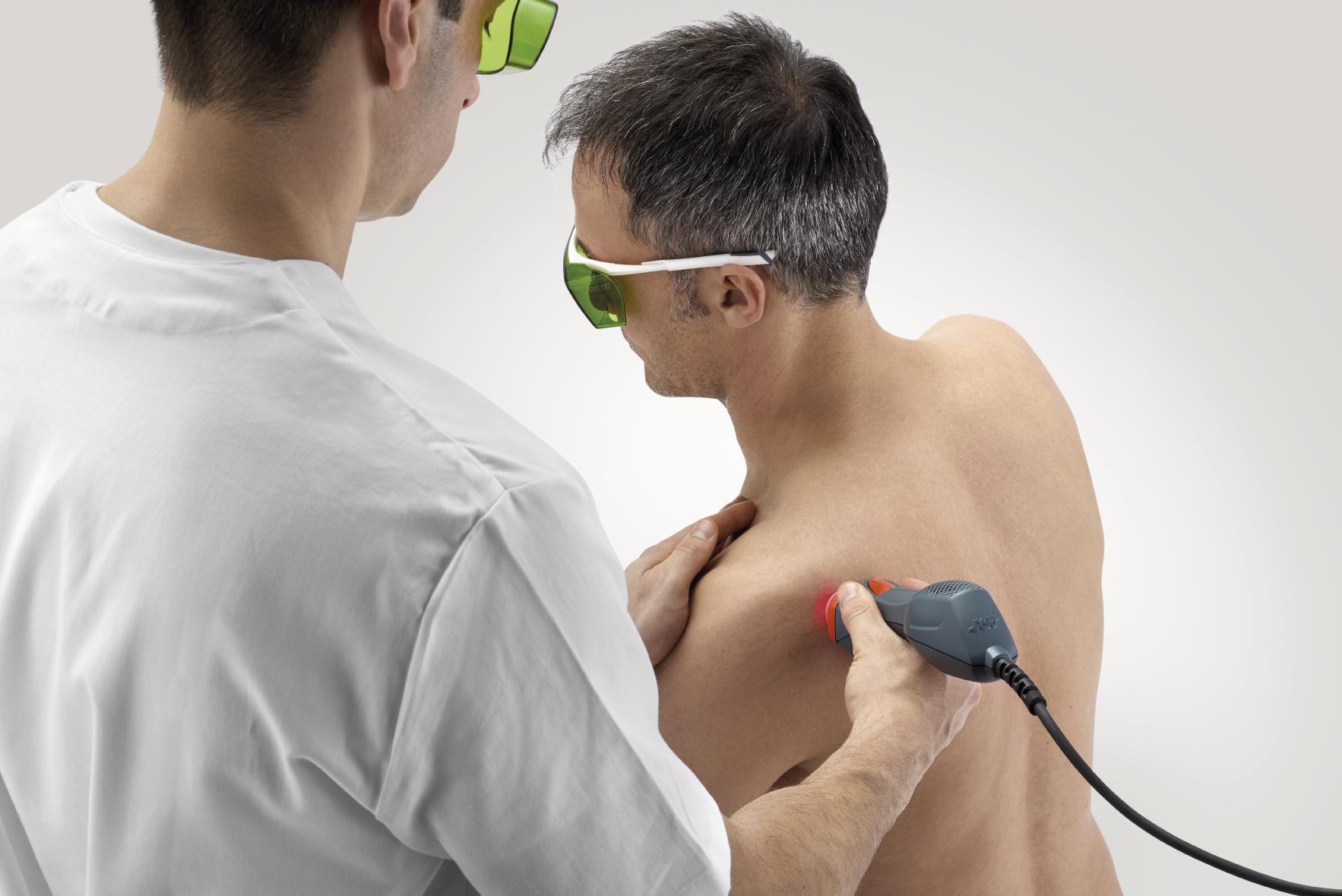 Mphi 75 - shoulder laser treatment