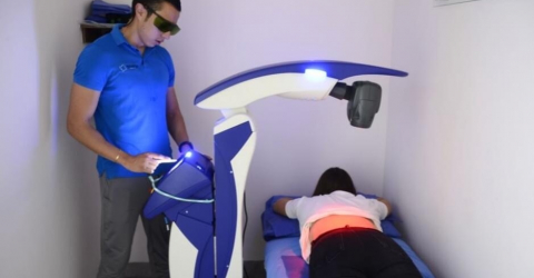 Francisco Marquez using M6 laser device